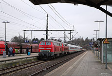 218 333 mit IC2311 in Itzehoe